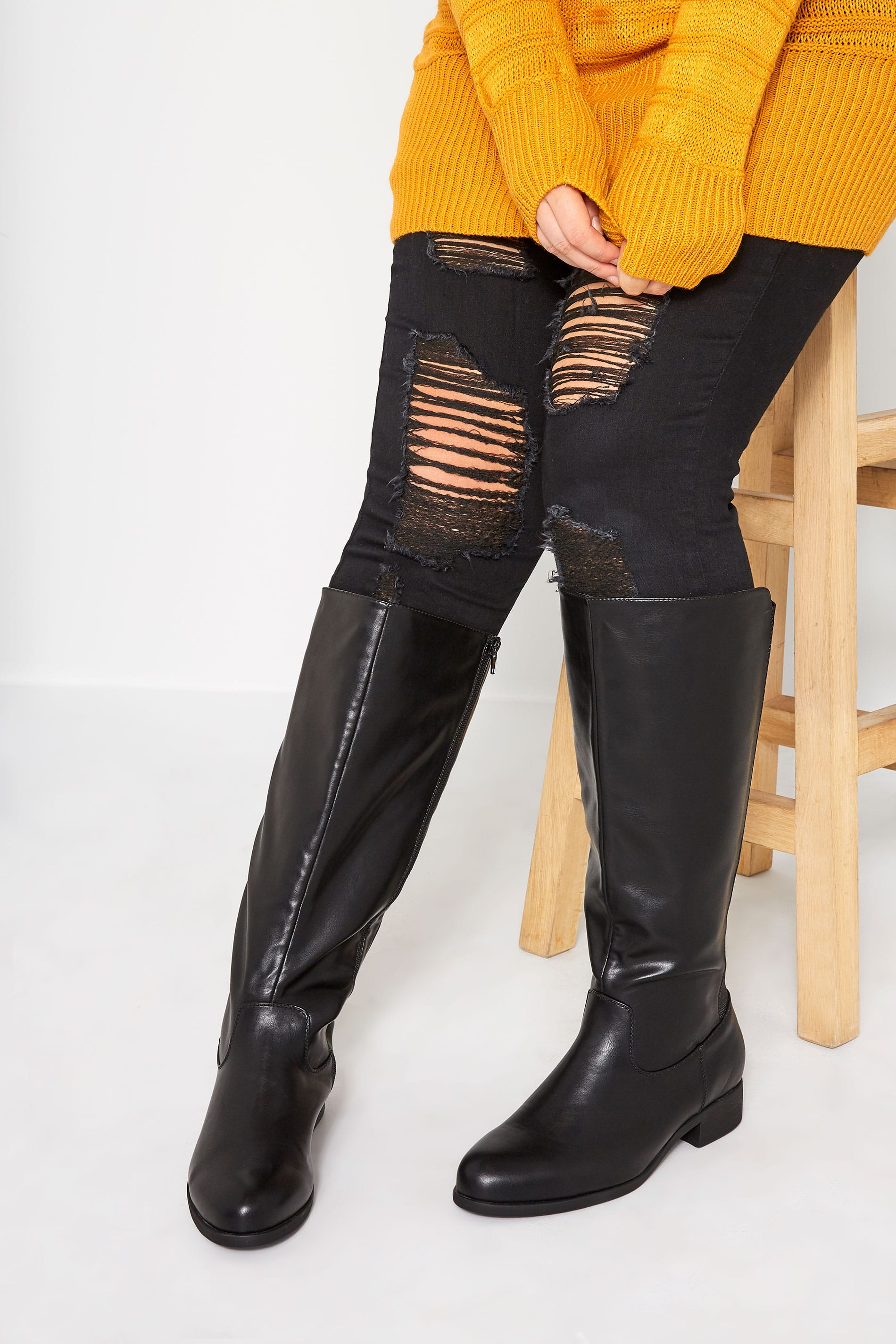 Black XL Calf Knee High Boots In Extra Wide Fit