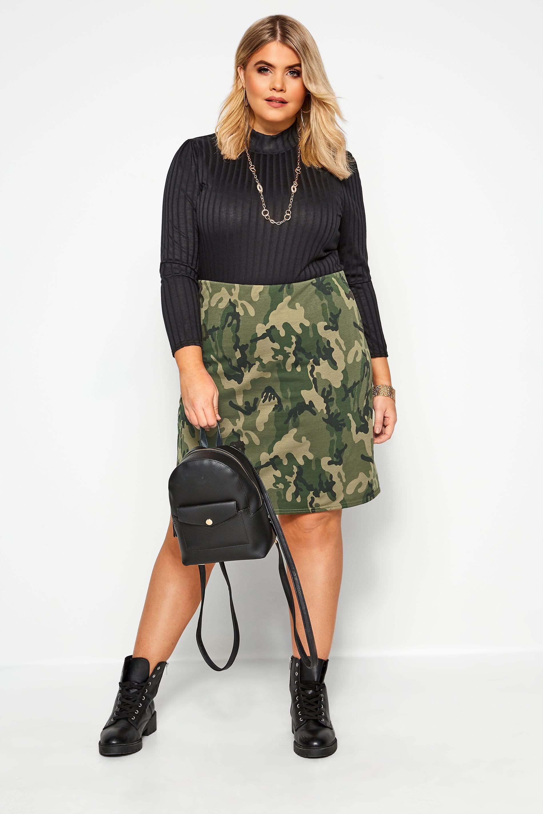 Minifalda caqui camuflaje