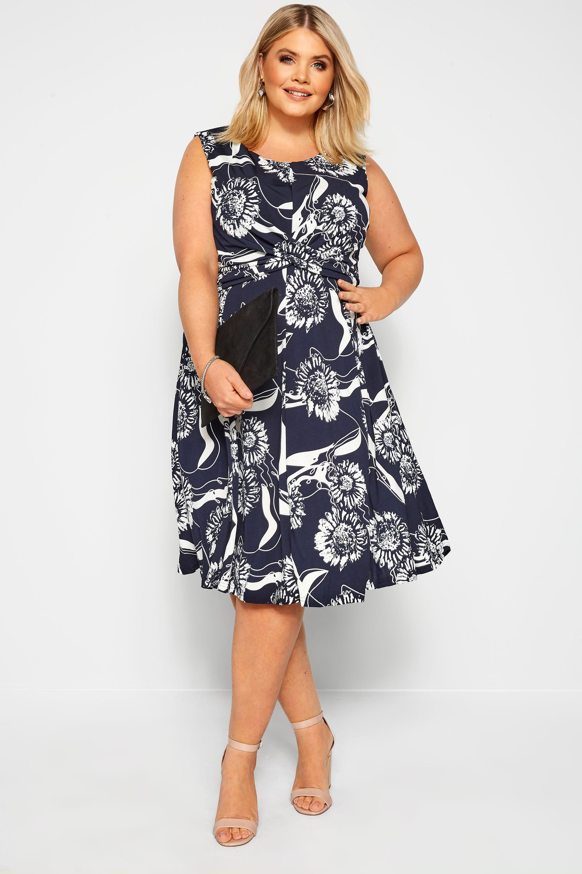 IZABEL CURVE Navy Floral Twist Dress