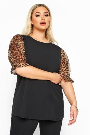Yours Clothing Women/'s Plus Size Black Puff Shoulder Knitted Top
