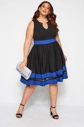 Czarna sukienka z niebieskimi panelami