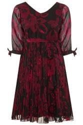 YOURS LONDON Kleid mit Blumen-Druck - Schwarz/Weinrot