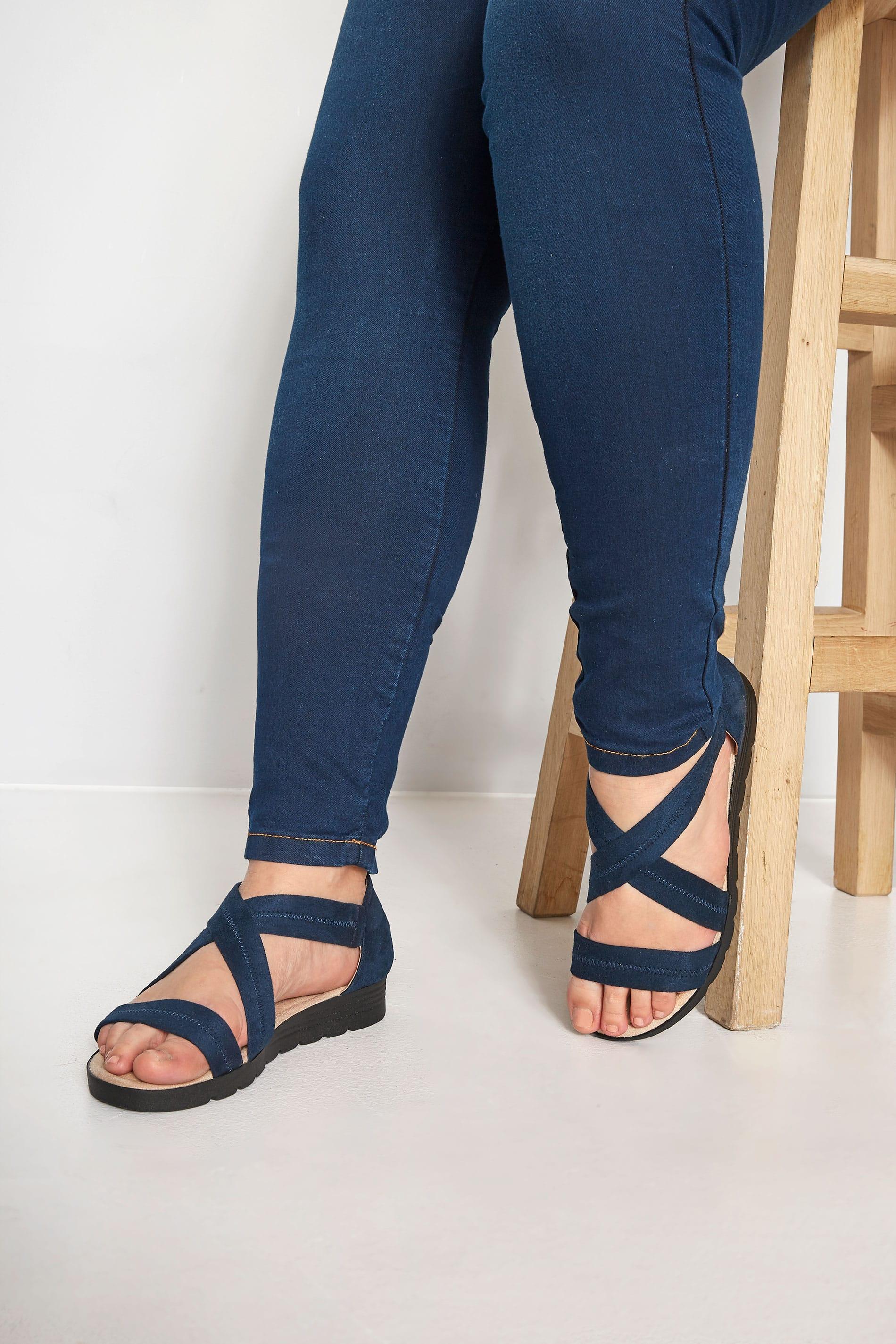 Sandalen mit geschlossener Ferse - Navy