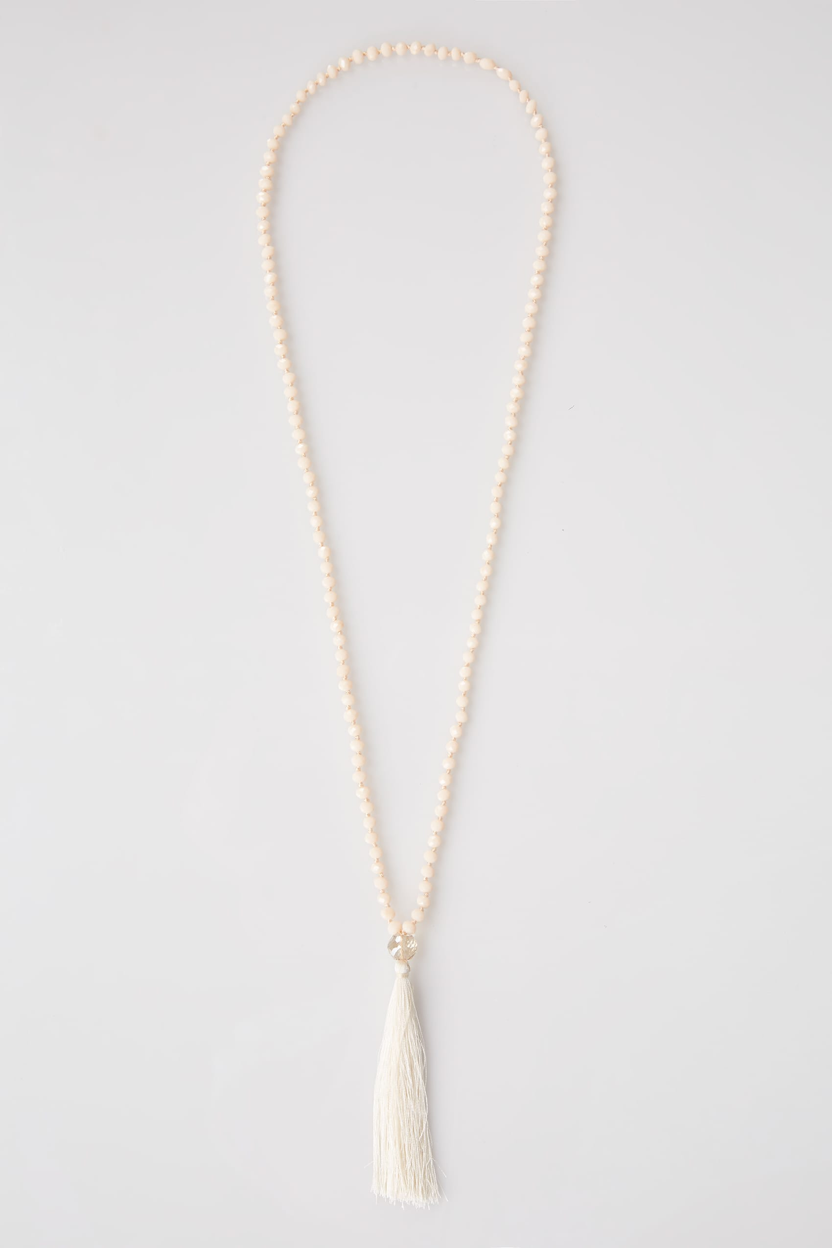 Necklace with pink tassels Nude Collection