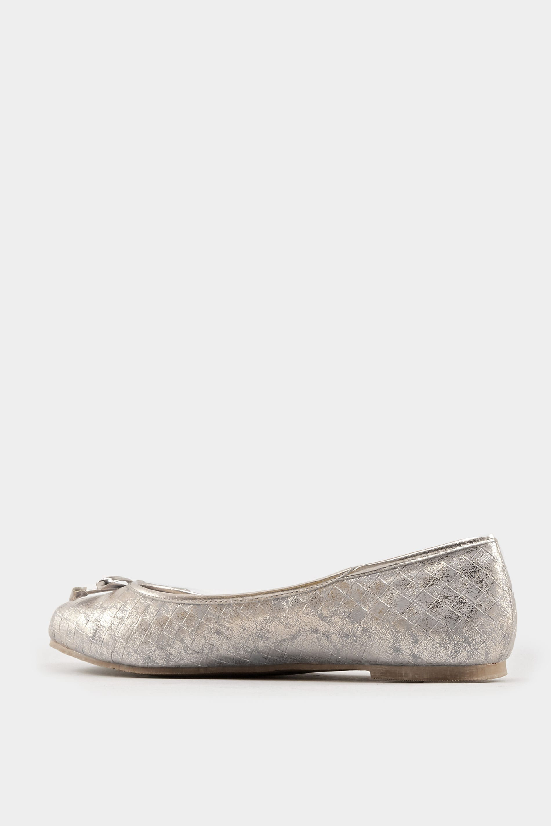 Silver Textured Ballerina Pumps In