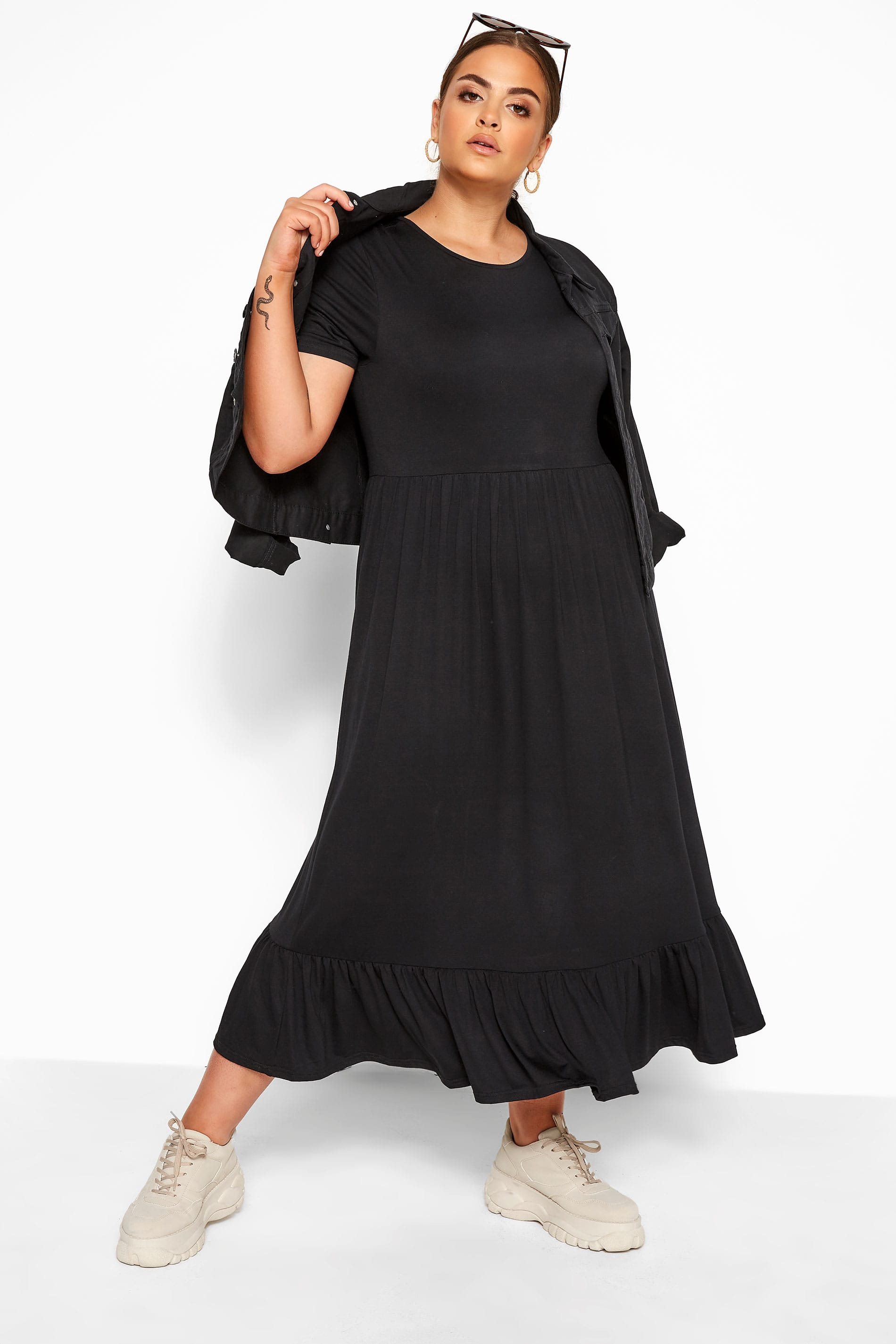 LIMITED COLLECTION Black Tiered Maxi Smock Dress_aa23.jpg