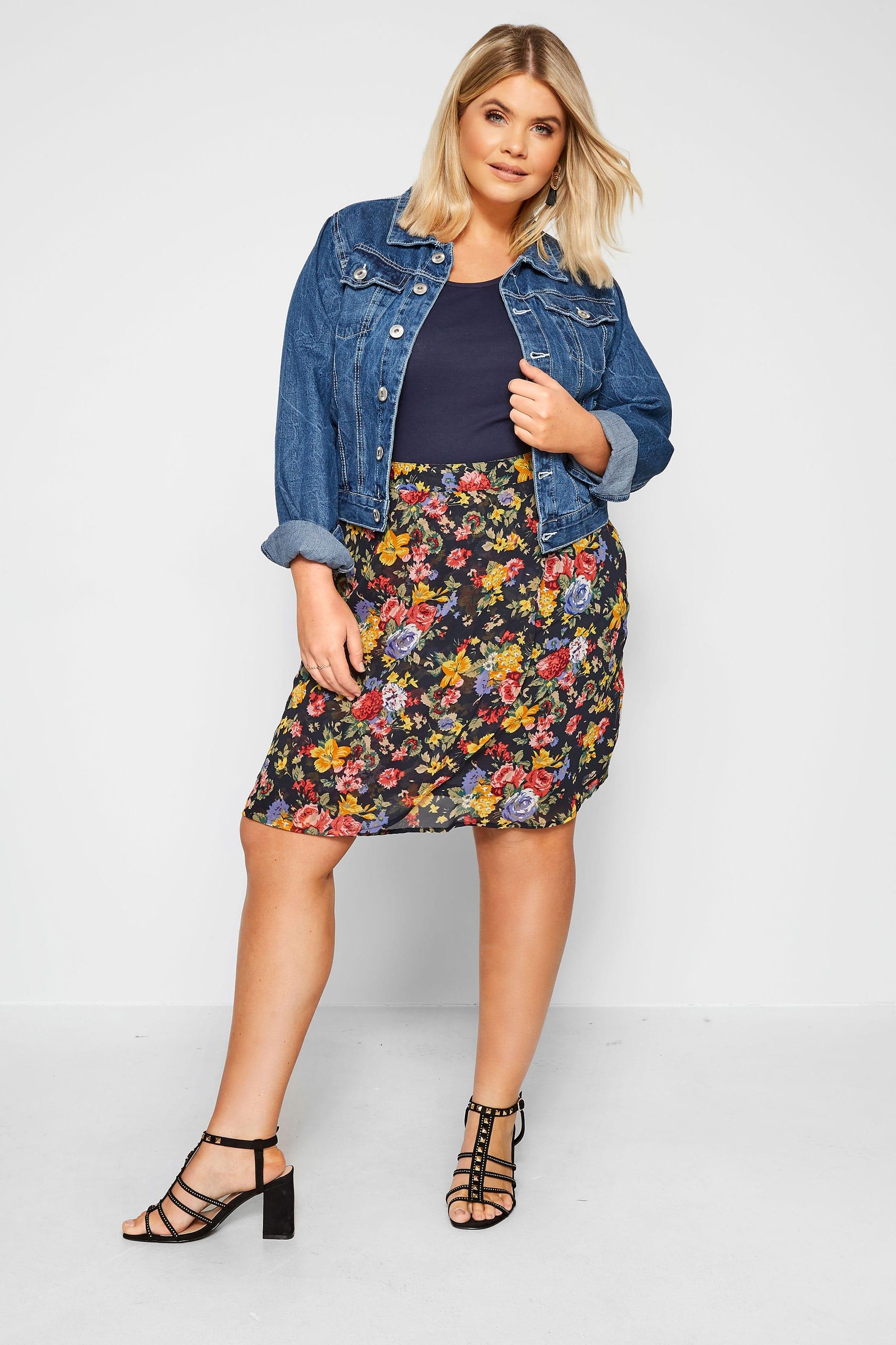 WEDNESDAY'S GIRL Black Floral Mini Skirt