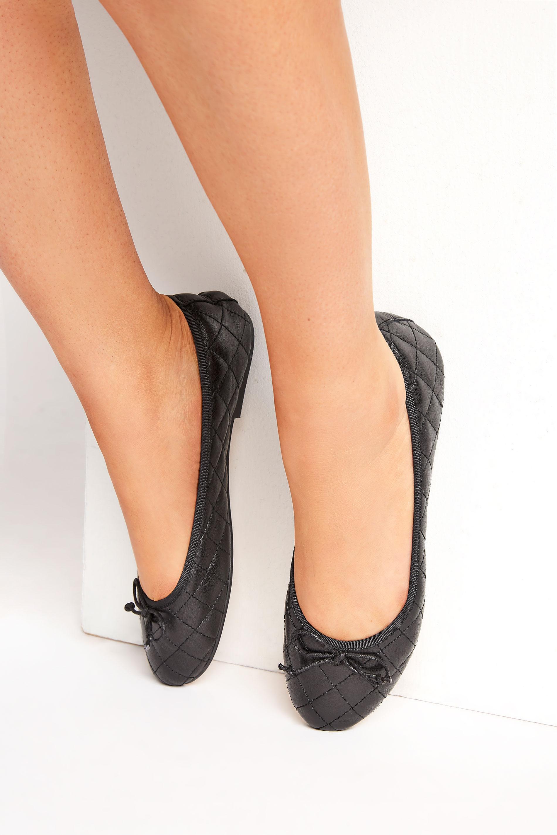 LTS Black Leather Quilted Ballet Pumps_M.jpg