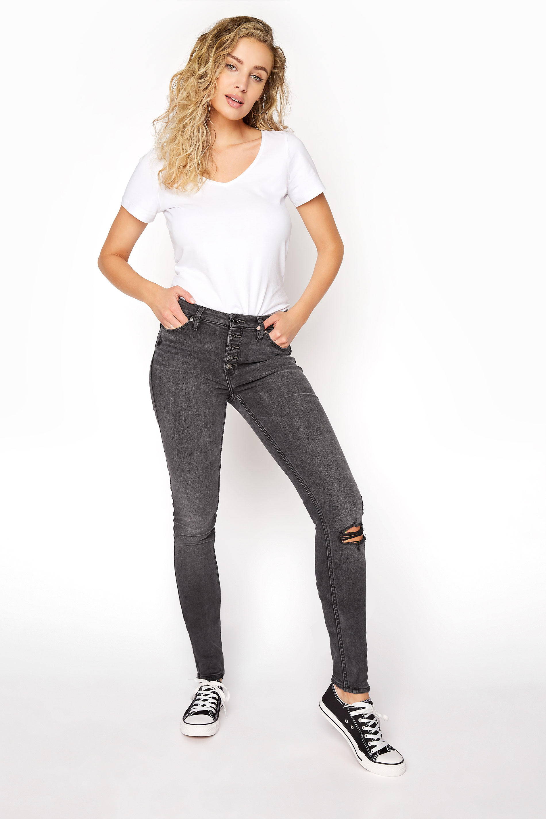 SILVER JEANS Washed Black Robson Skinny Jeans