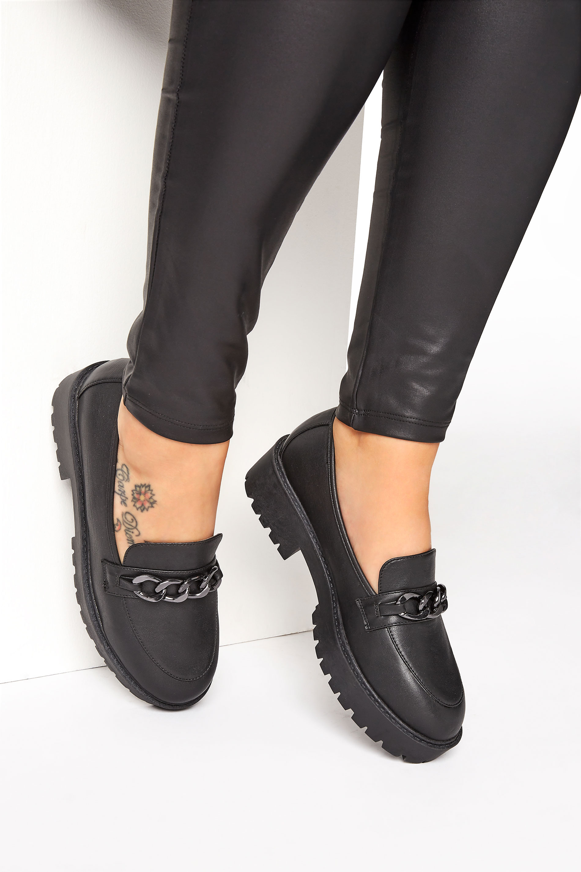 LIMITED COLLECTION Black Chunky Loafers In Extra Wide Fit_M.jpg