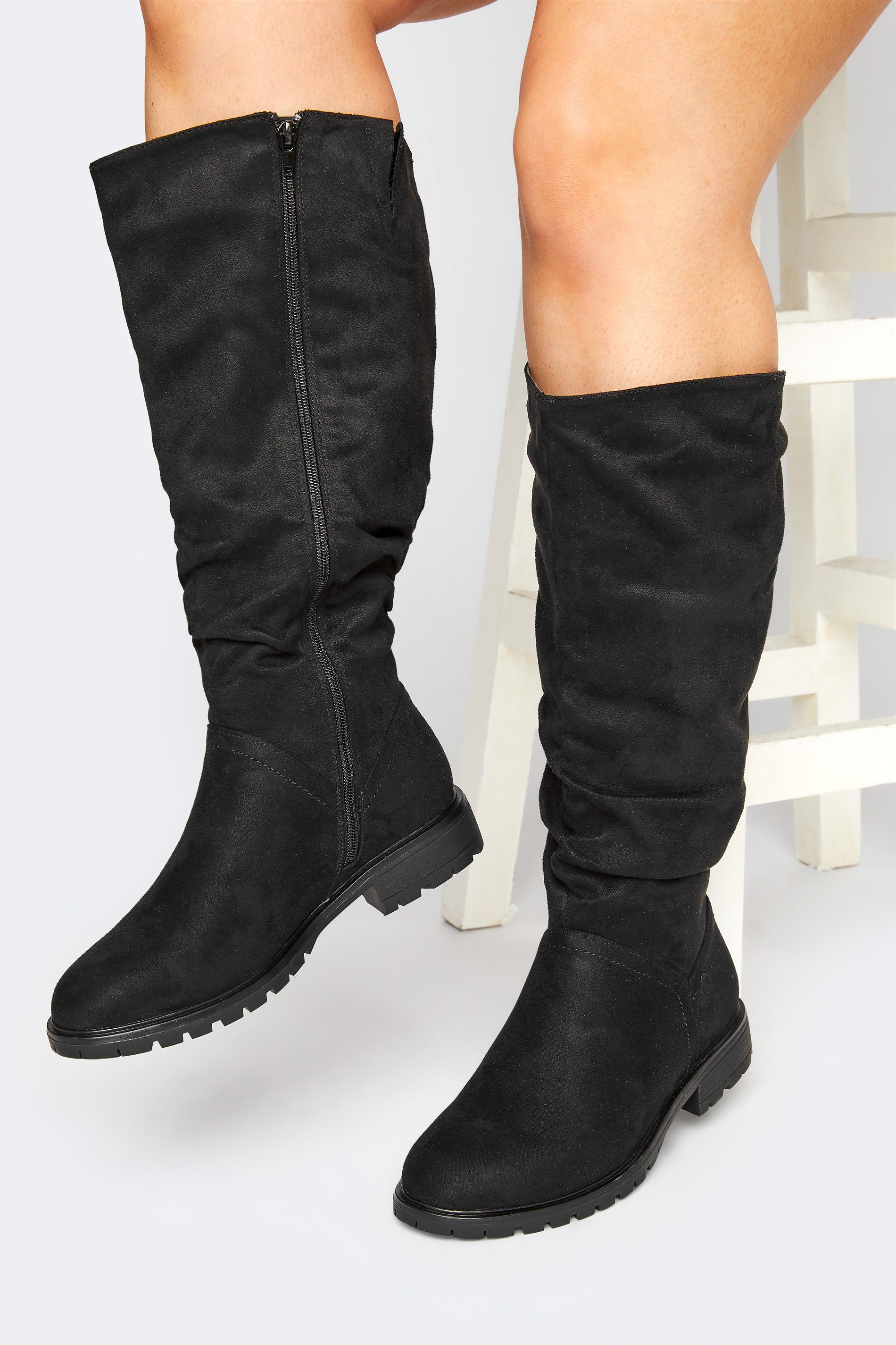 Black Ruched Cleated Boots In Regular Fit_M.jpg