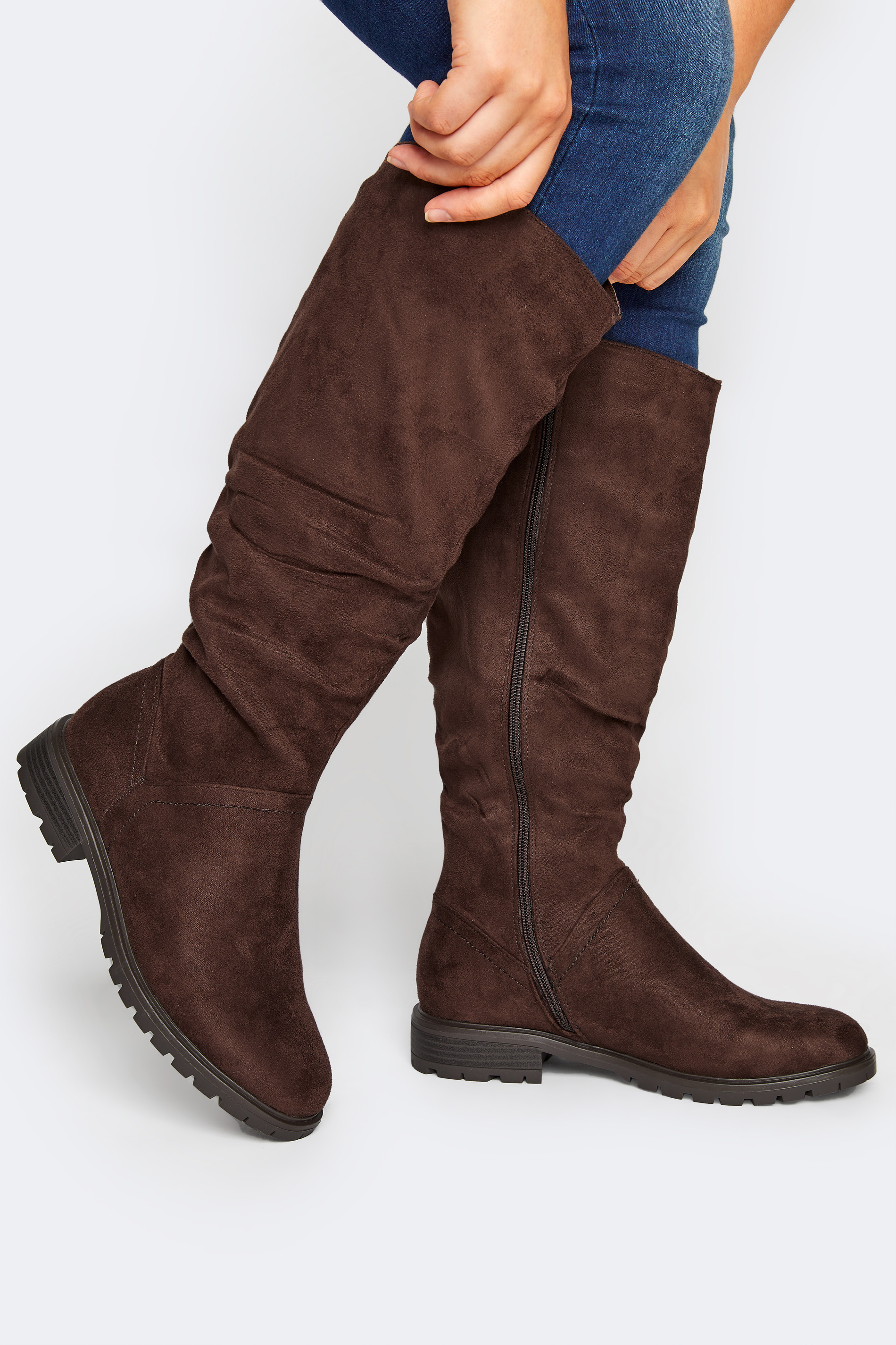 Chocolate Brown Ruched Cleated Boots In Regular Fit_M.jpg