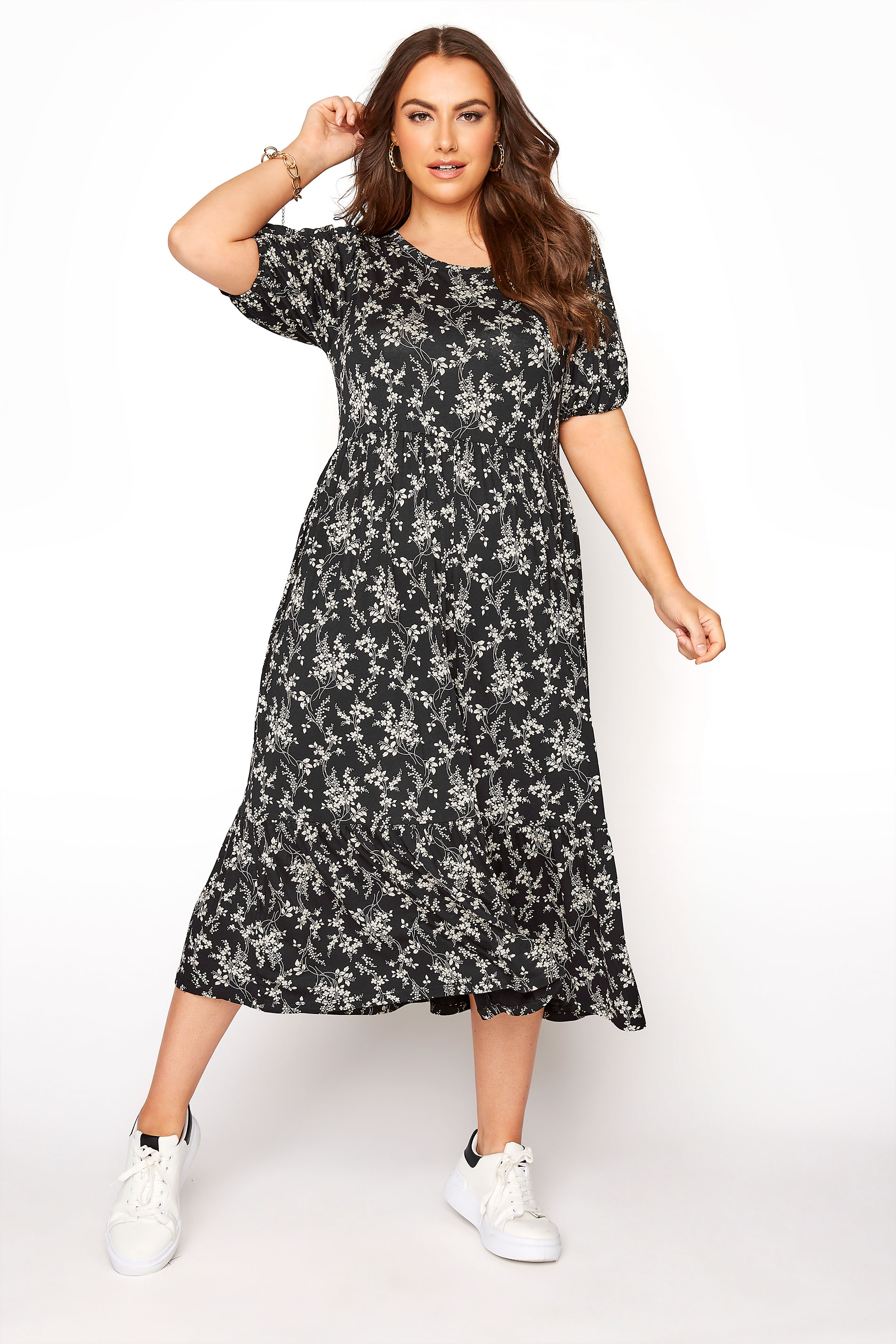 Black Floral Frill Hem Short Sleeve Dress_A.jpg