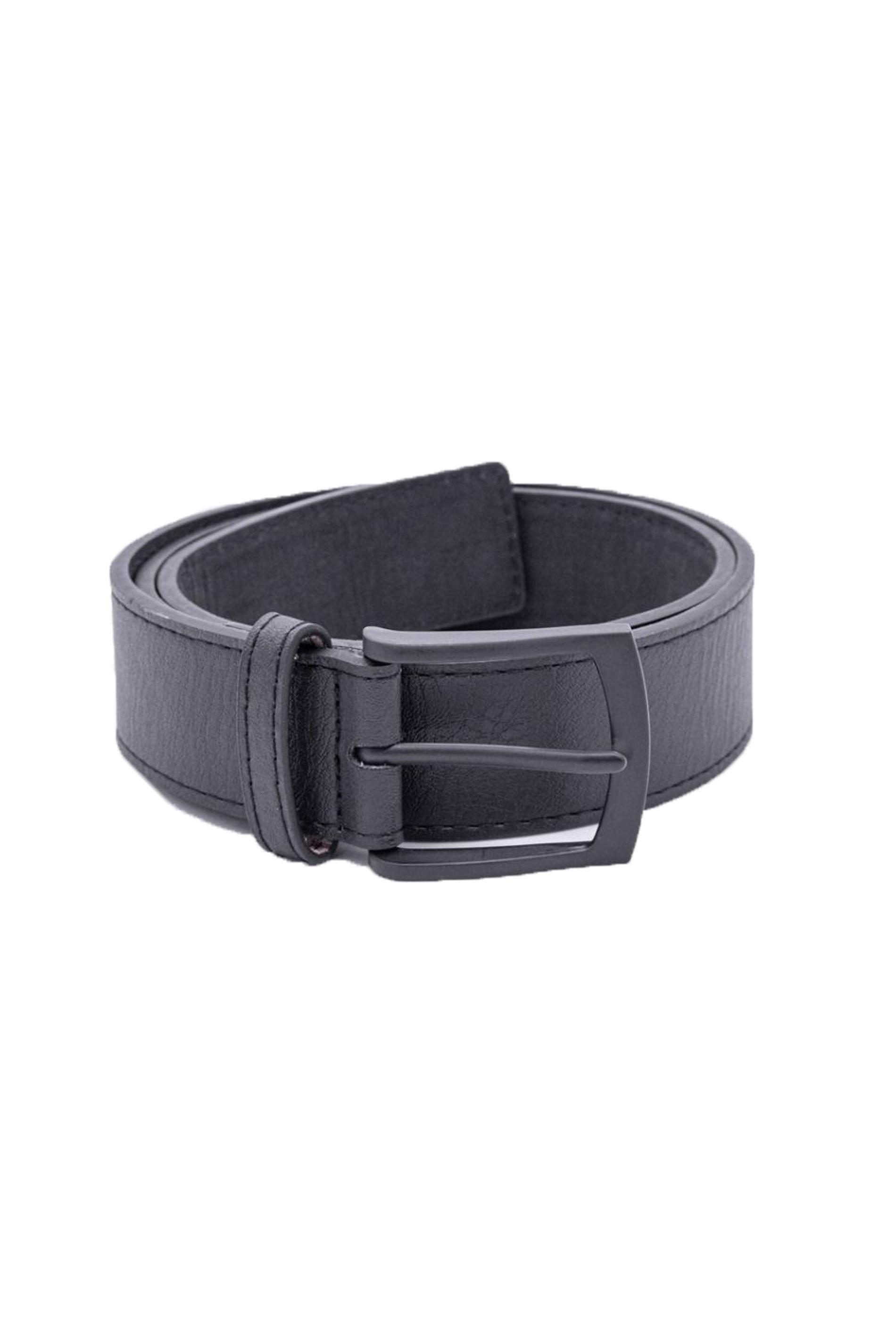 D555 Black Buckled Belt